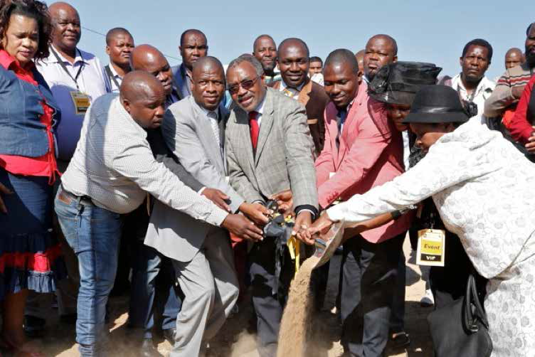 MEC Mchunu announces R250m upgrade to Ndwedwe road